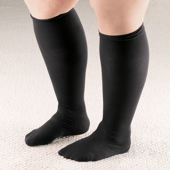 Extra Roomy Compression Socks, 15–20 mmHg - View 2