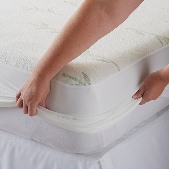 Bamboo Mattress Protector - View 2