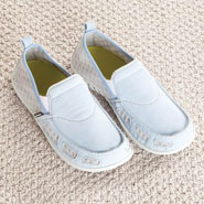 Antibacterial & Antimicrobial - Spenco® Siesta Vented Slip-On