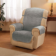 Home Comforts - Parker Water-Resistant Sherpa Recliner Protector by OakRidge™