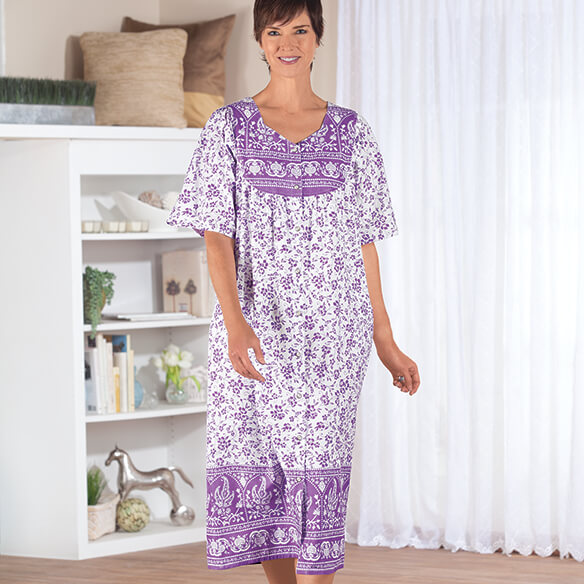 Lavender Border Snap-Front Lounger by Sawyer Creek Studio™